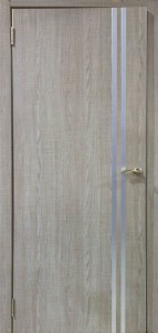 Межкомнатная дверь ДГ-506 Серый дуб. молдинг серебро (экошпон)